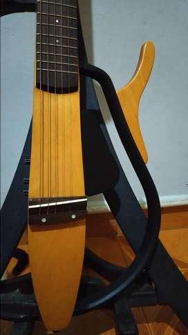Yamaha silent (cuerdas de acero)