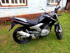 Yamaha ybr 250 impecable y con todo los papeles y vtv