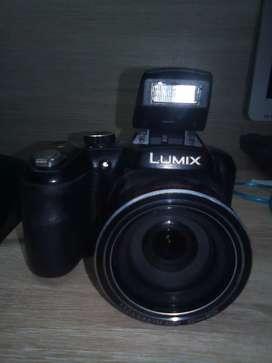 Vendo Cámara Panasonic Lumix mod.DMC-LZ40