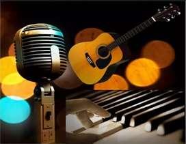 Clases personalizas de piano, guitarra, bajo, tiple, bandola. Percusion latina, bateria, tecnica vocal.