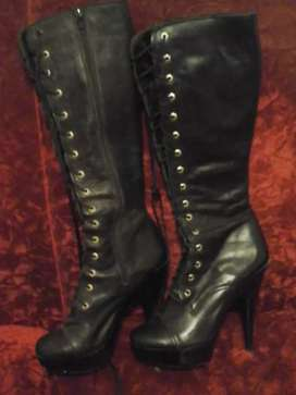 botas bucaneras hermosas cuero cordones y cierre .n.37