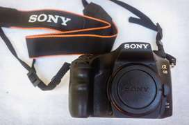SONY ALPHA A68 EN KIT CON 4 LENTES