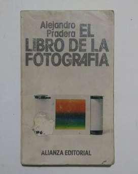 El libro de la fotografía por Alejandro Pradera