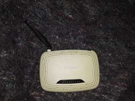 Router tp link model:tl-wr740n con fuente incluida