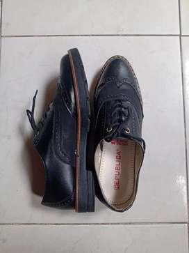 Zapatos República