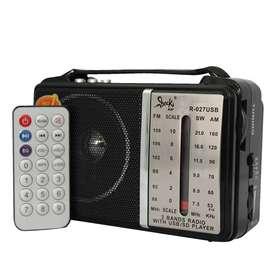 Radio Parlante Portatil Portable Recargable FM/AM Con Control