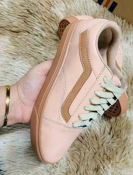 Hermosas zapatillas para niña n 29