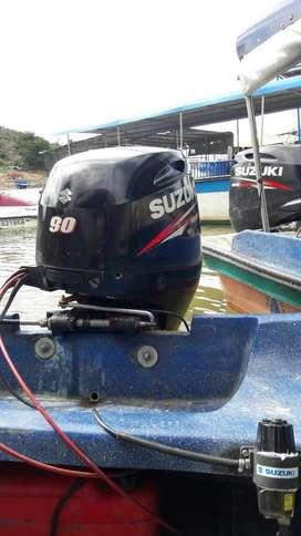 Se Vende Motor Fuera de Borda 90 Suzuki