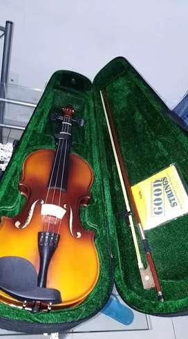 Vendo violin con muy poco uso