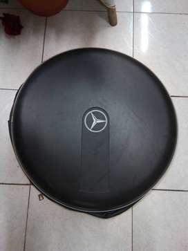 Protector llanta Mercedes-Benz