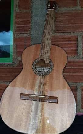 Guitarra amplificada.