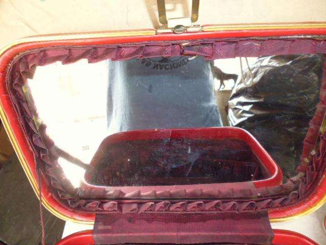 maletín o neceser antiguo