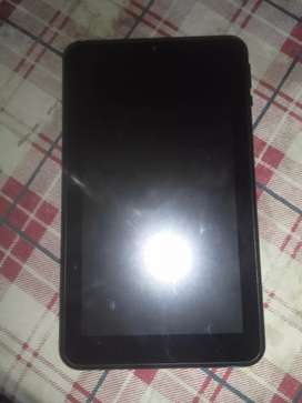 Tablet a 2000$