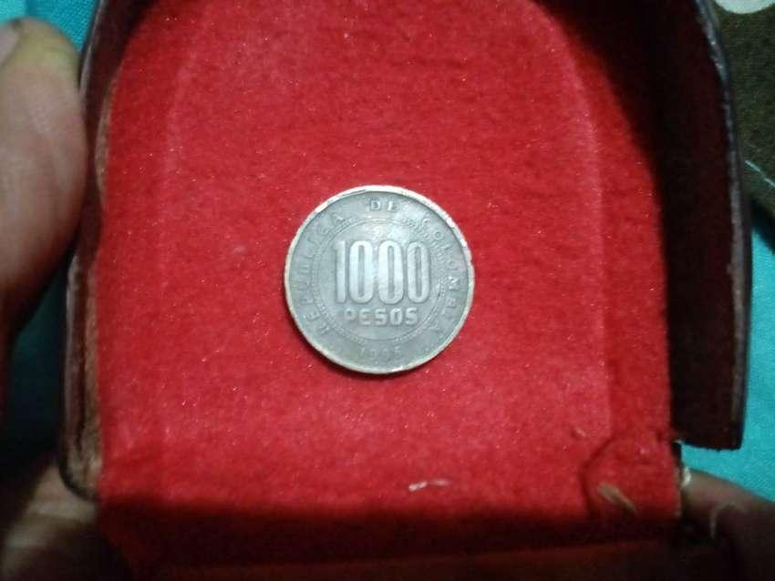 Moneda de 1000 pesos colombianos de 1996 0