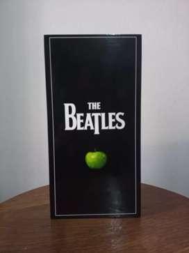 Caja discográfica / The Beatles stereo box / Original