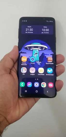 Samsung Galaxy S9 Plus Con Detalles De Pantalla