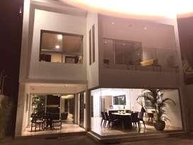 Vendo moderna casa en Ceibos norte - F. BOERO