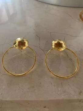 Se necesita Joyero con experiencia ojo con experiencia  para elaborar joyeria en bronce , saber soldar y armar