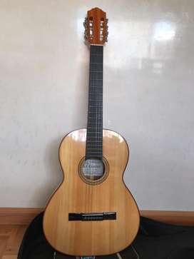 Guitarra acustica Musical Cedar original/ guitarra la clasica Nueva