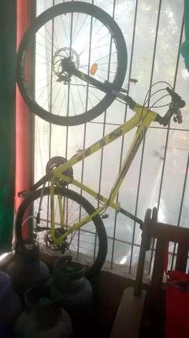 Vendo bici una sola usada impecable