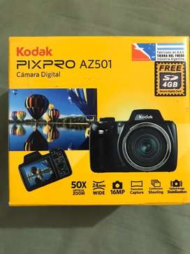 Camara semi profesional kodak pixpro AZ501 nueva