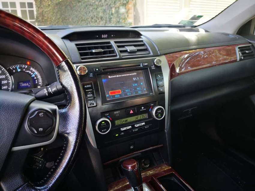 Vendo -- Toyota Camry 3.5 V6 -- Mod 2012 -- Kms 140.000 0