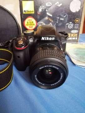 Cámara Nikon D3300 Usada 9-10