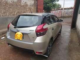 Se vende Toyota yaris hatchback