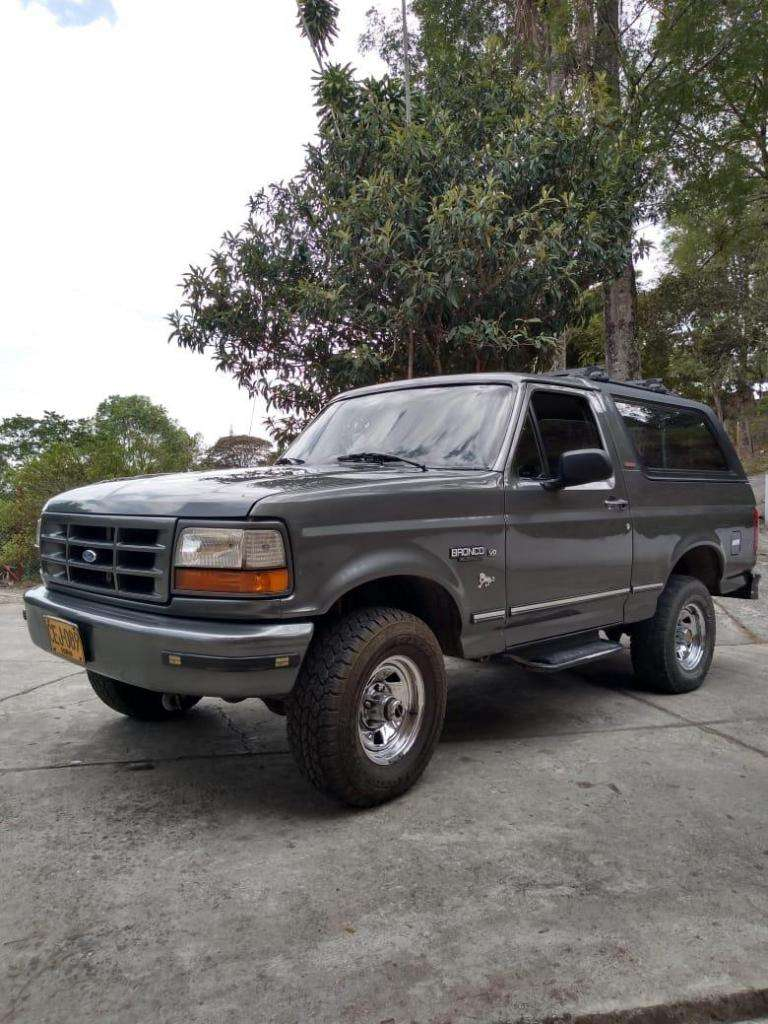 Ford Bronco 96 0