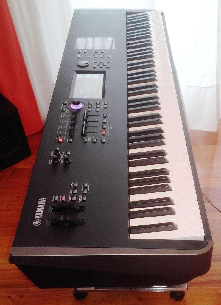 Sintetizador Yamaha MODX8 0