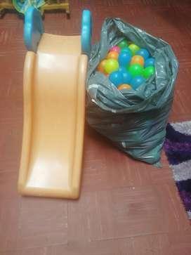 Rodadero infantil +275 pelotas