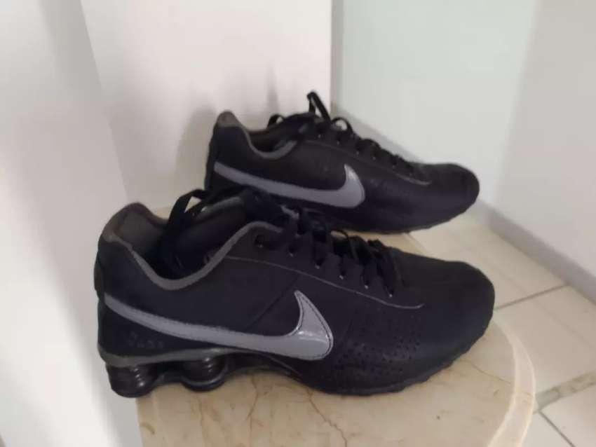 Tenis Nike Retro espectaculares + 2 Cmisetas ATL Nacional 0