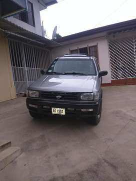 Nissan Pathfinder 98 Full Extras 4x4
