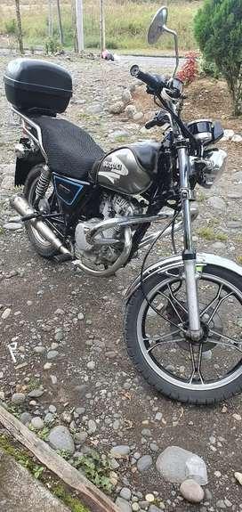 Sevende Motocicleta Suzuki 125