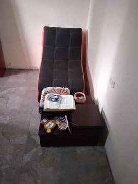 Vendo mueble de sala y un comedor.
