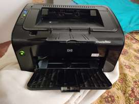 HP laser jet P1102w
