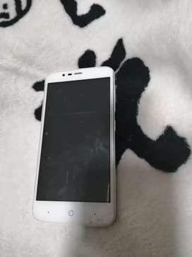 Vendo celular ZTE sin bateria y con fisura en la pantalla funciona no afecta el funcionamiento negociable