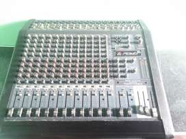 Mixer peavey 14 canales