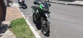Kawasaki klr650 NO es de remate de policía.