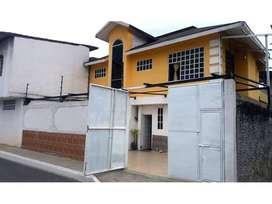 En venta casa esquinera Cdla. El Guayacán, Quevedo