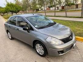 Nissan Tiida 2015 / 2016 Nacional Particular  Gasolina  Mecánico a 8900  Dólares