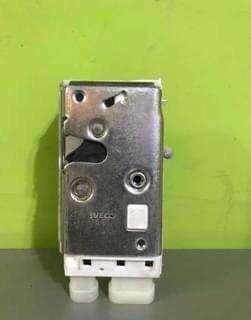 Cerradura electrica puerta derecha iveco tector cursor stralis