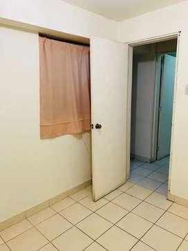 Habitación con baño propio y salida independiente