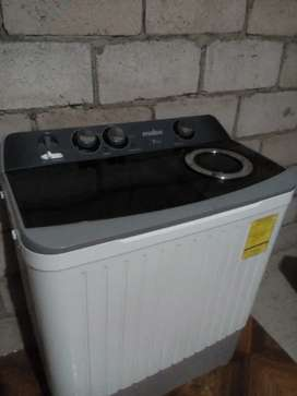 Linda lavadora marca mabe casi nueva