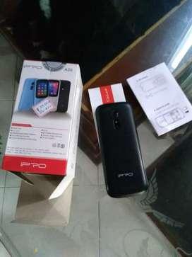 Celular ipro  con camara 9 de 10 con caja 6 cargador 35 mil