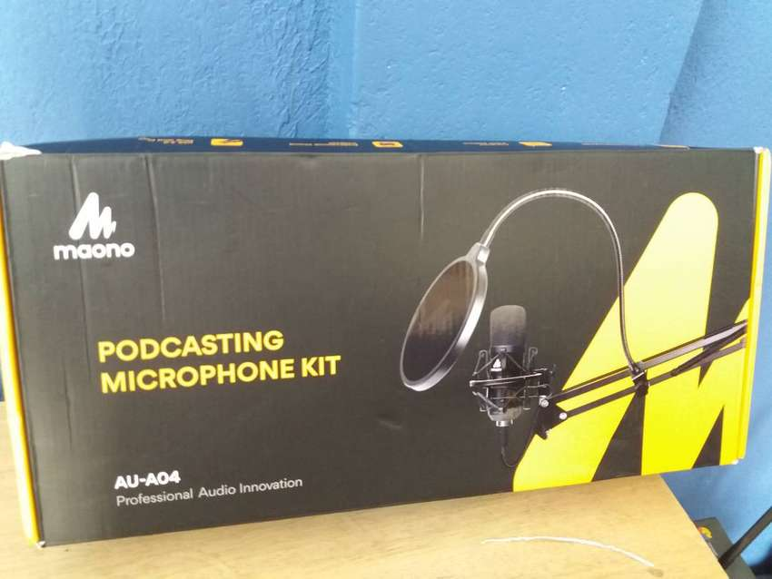 PROFESSIONAL PODCASTING MICROPHONE MAONO AU-A04 + (KIT) 0