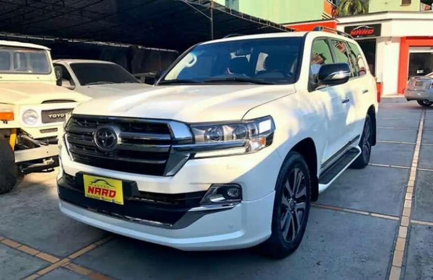 Toyota Land Cruiser 200 2019 Europea 0