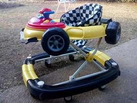 Super Andador con Forma de Auto Bebes
