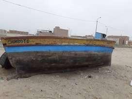 Se vende bote de 6.mts de largo por 2.50 de ancho .2000.soles