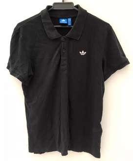 Vendo o cambio camiseta adidas originals talla S $70.000
